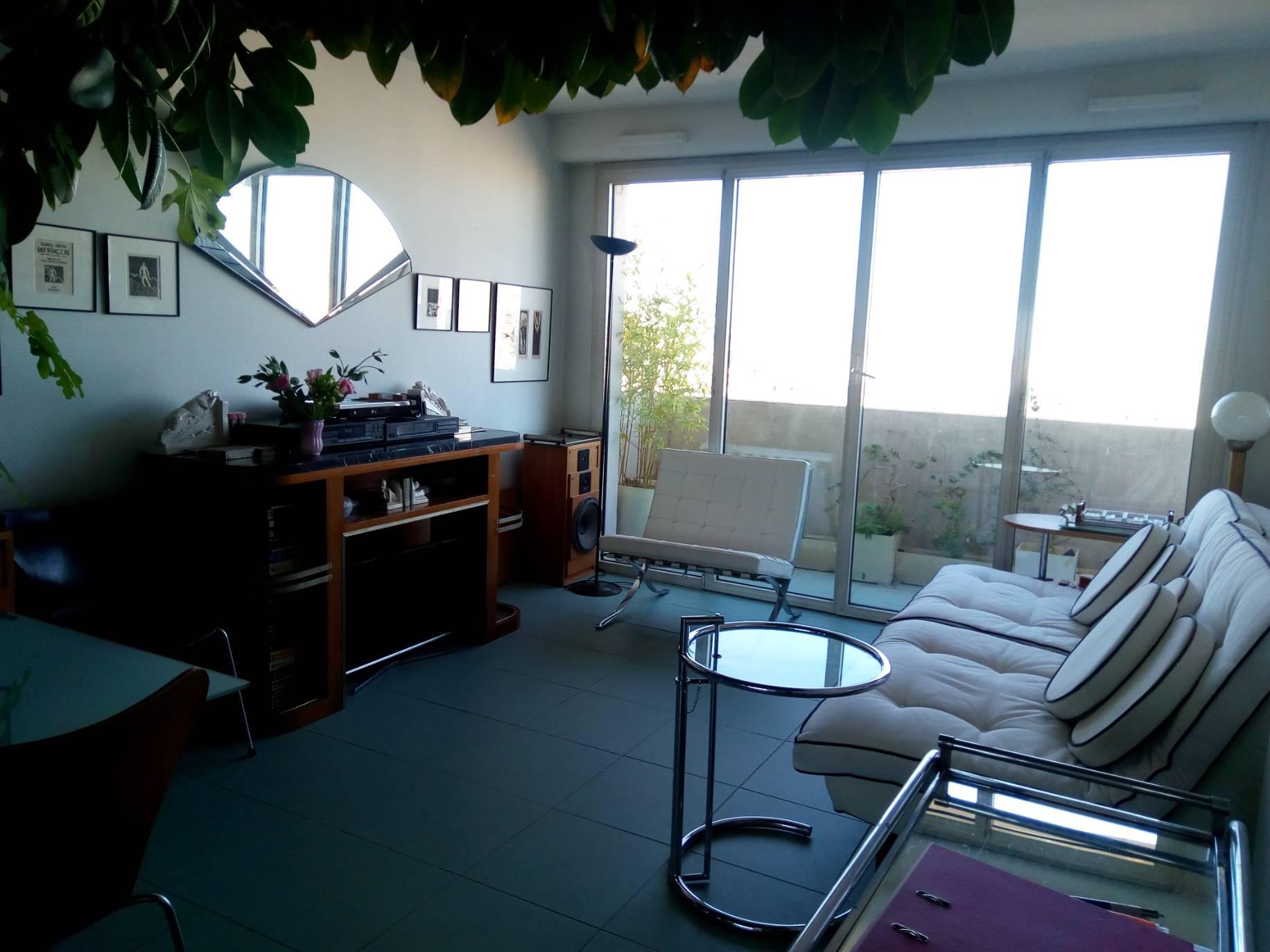 viager maison villa viager occup montrouge appartement 3 pi ces balcon et box. Black Bedroom Furniture Sets. Home Design Ideas